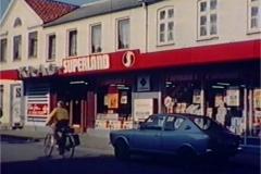 1977_002